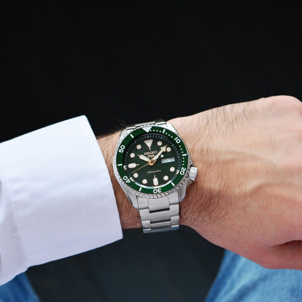 SEIKO 5 Day / Date Automatic Green Dial Stainless Steel Bracelet SRPD63K1